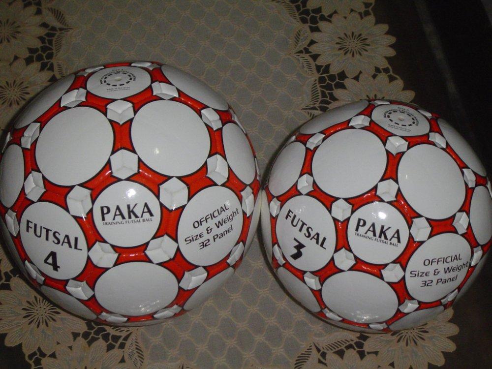 Buy Club Training Futsal Balls