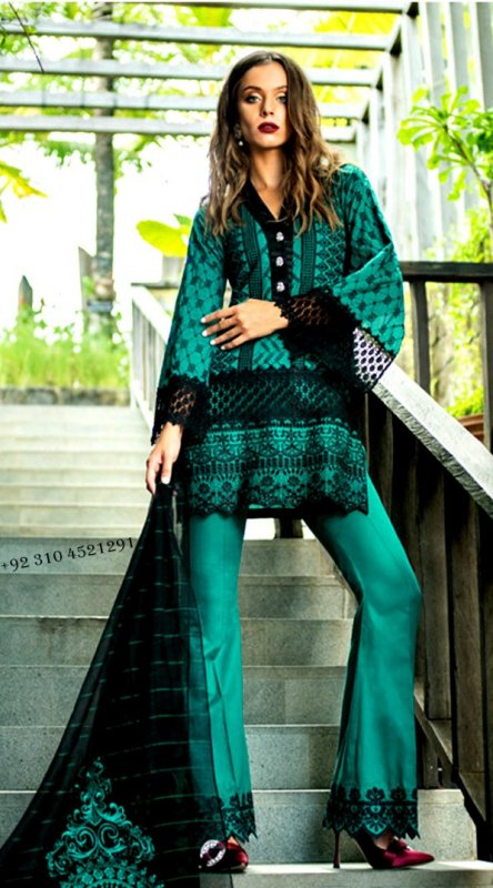 Buy Branded Pakistani Designer Replica