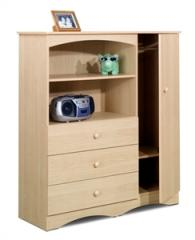 Conspicuous natural maple cupboard