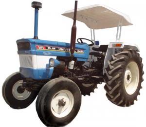 Universal Data Plus 683 Tractor