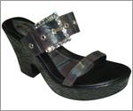 Hand-made woman footwears