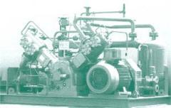 High pressure piston compressors