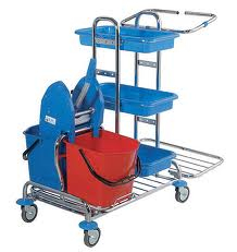 Carriages for cleaning
