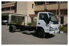 ISUZU NPR66PU FORWARD CONTROL 4 x 2 Truck Chassis