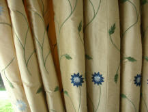 Ready made curtains & curtain linings