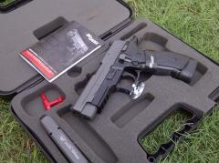 Sigsauer P226 Gun