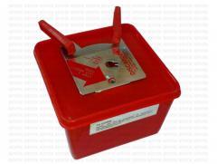 Syringe Discarder syringes and needles (18G to
