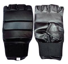 Rukavice pro kickbox