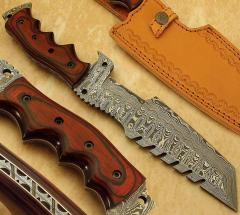 Costom Hand Hand Made Damascus Hunting Knife With