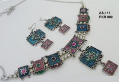 Jewelries Antique Sets