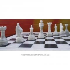 Traditional White & Black Chess Set