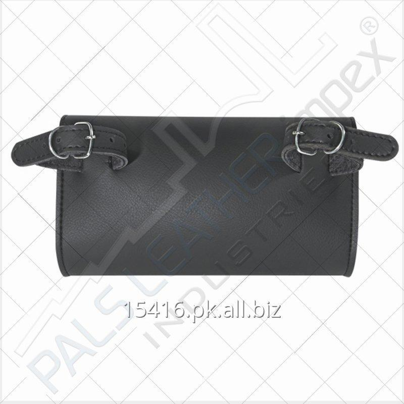 motorcycle_windshield_black_tool_bag