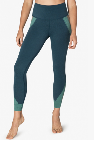 wholesale_fitness_clothing_women_compression