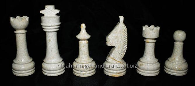 botticino_black_marble_chess_set