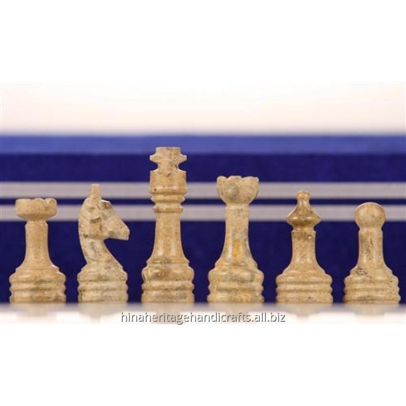 coral_black_marble_chess_set