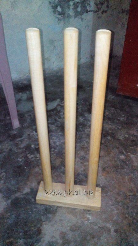iron_base_stump_wickets