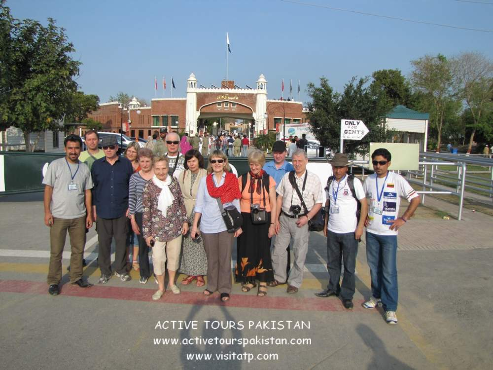 Order Lahore City Tour or Visiting Lahore & Things to Do in lahore pakistan