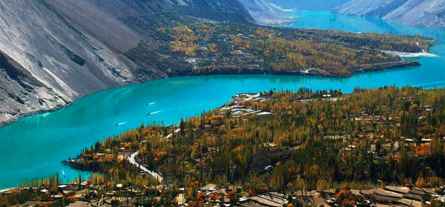 Order Hunza valley autumn tour - Pakistan