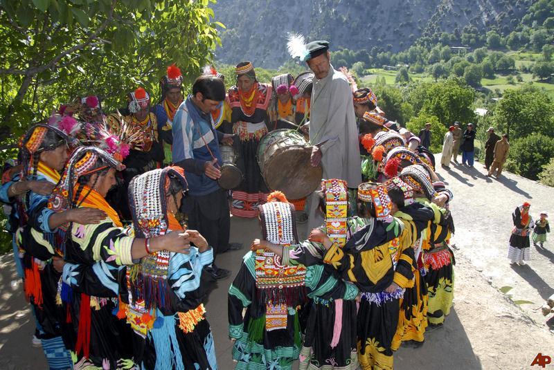 Order Kalash valley chitral tour & Kalash festival