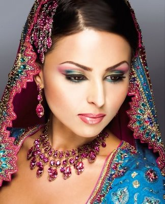 Order BEAUTY SALON SERVICES